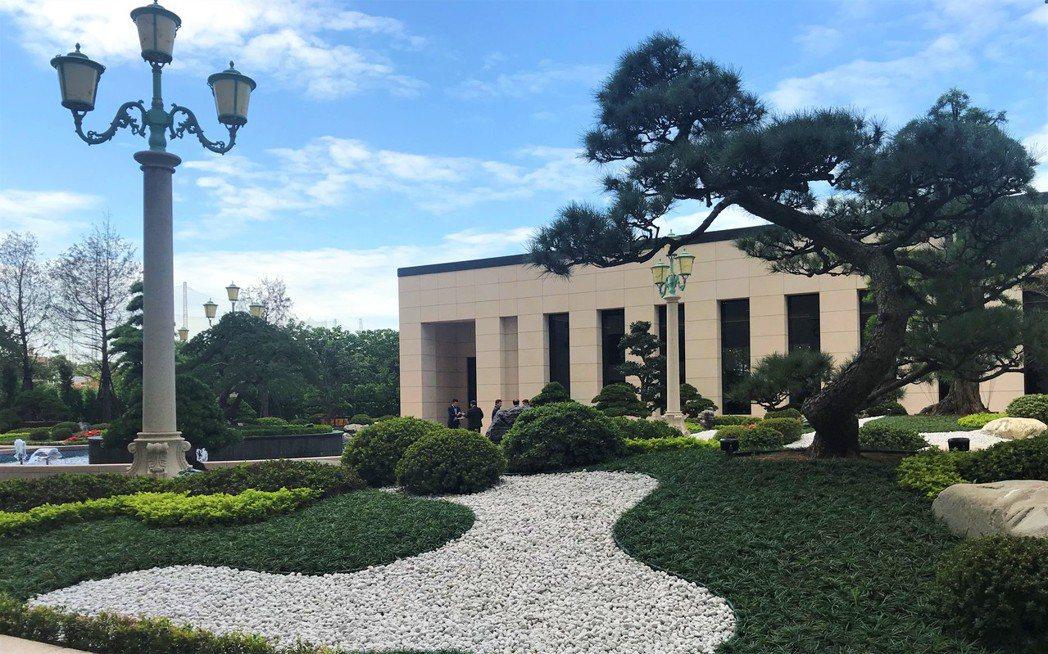 中悅美樹花園中庭  記者游智文/攝影