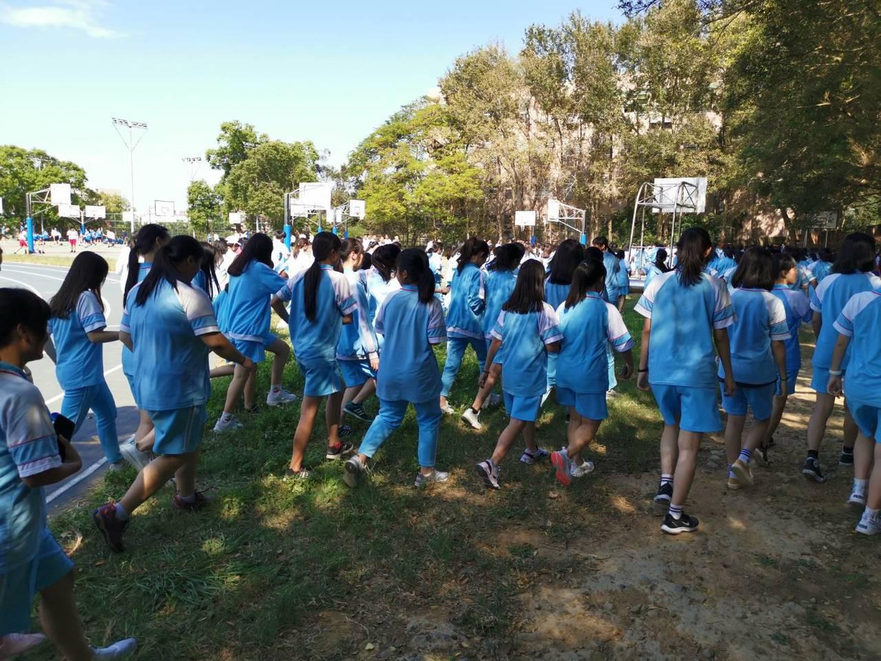 光復中學以「感恩惜福」為主軸,今天舉辦為身心障礙而跑活動。圖/校方提供
