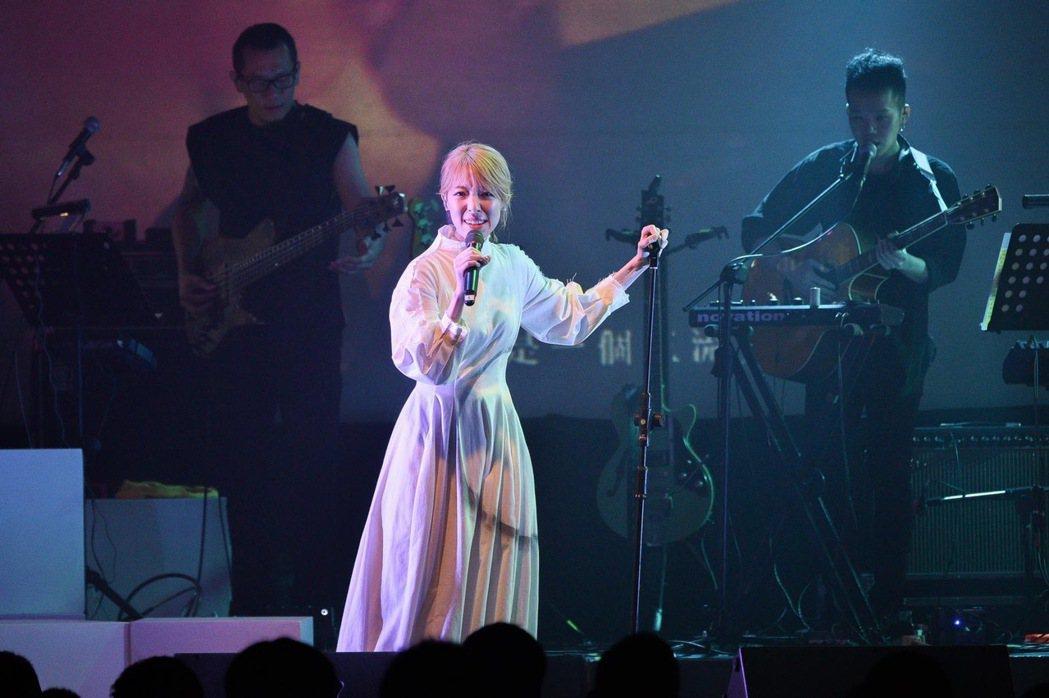 路嘉欣出道17年,今晚首度舉辦個人售票演唱會。圖/種子音樂提供