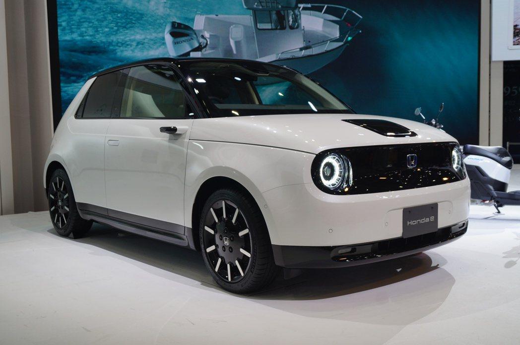 本田首款純電車Honda e。 記者趙駿宏/攝影