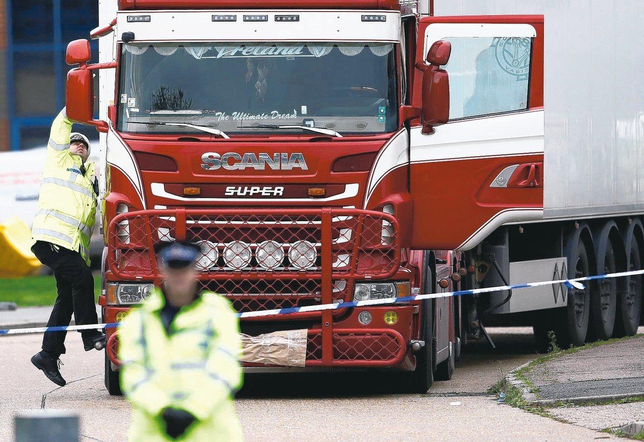 英國貨櫃車屍案中6名死者可能來自越南。 路透