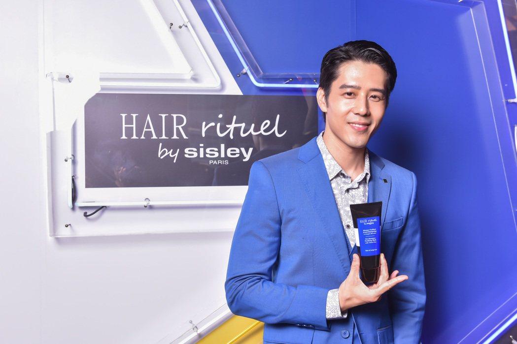 胡宇威隨著年紀增長,愈發展現成熟男人味。圖/Hair Rituel提供