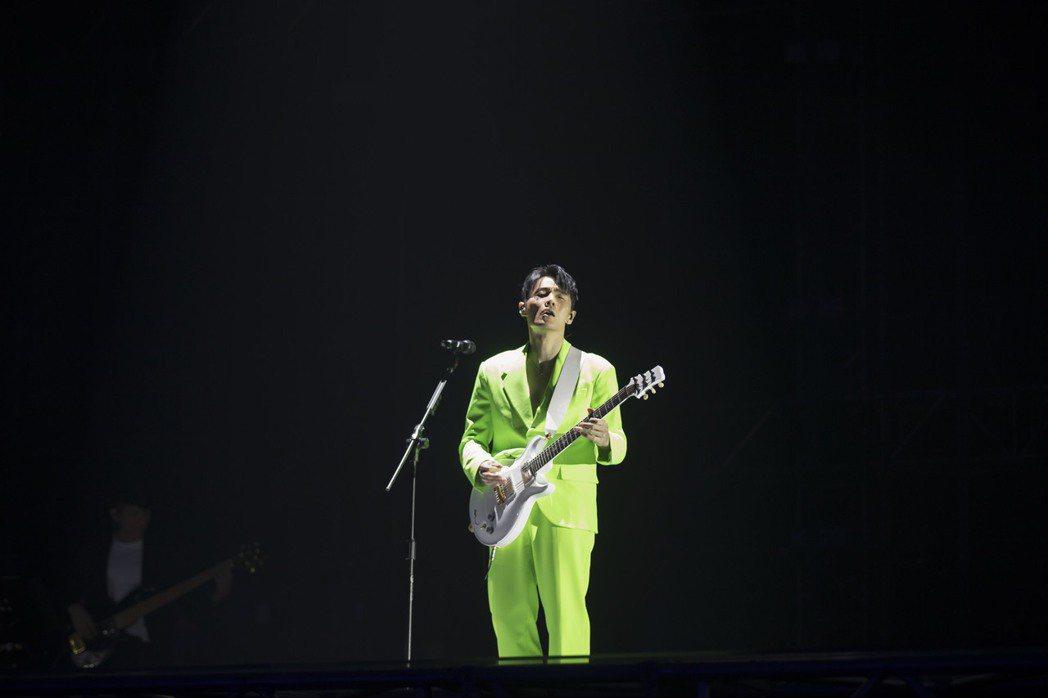 李榮浩今晚二度登上台北小巨蛋開唱。圖/上引娛樂提供