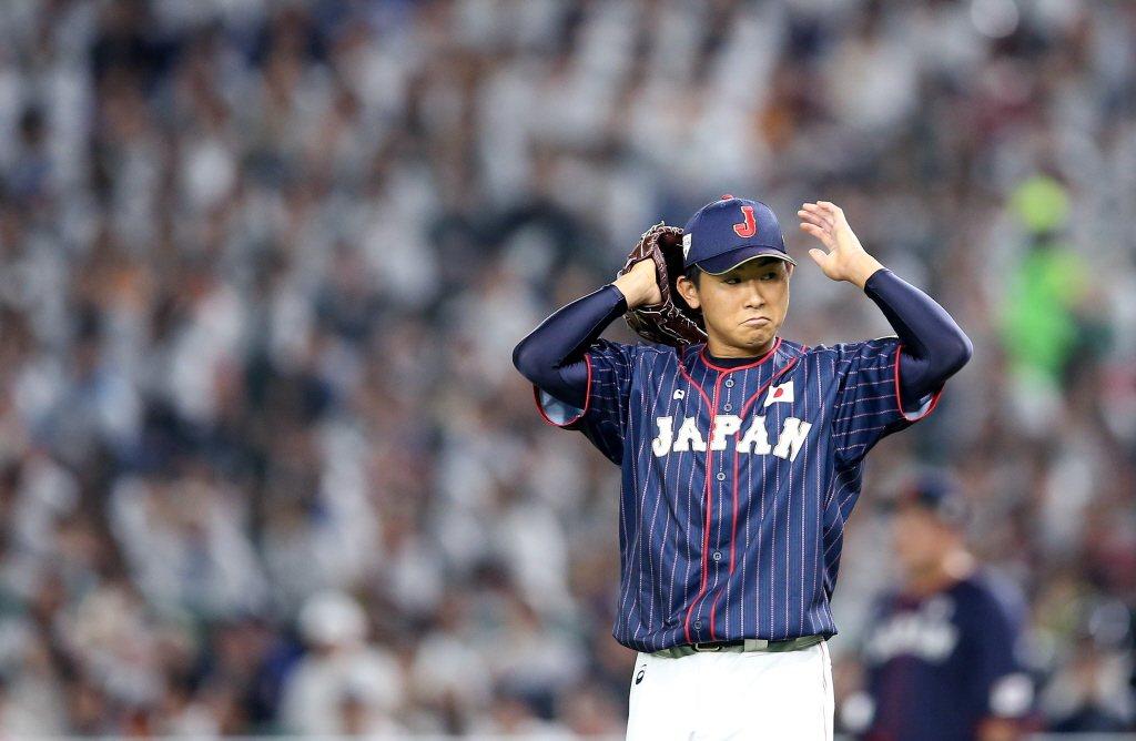 台日大戰,日本隊一如賽前預期,派出2015選秀會橫濱隊第一指名的王牌左投今永昇太...