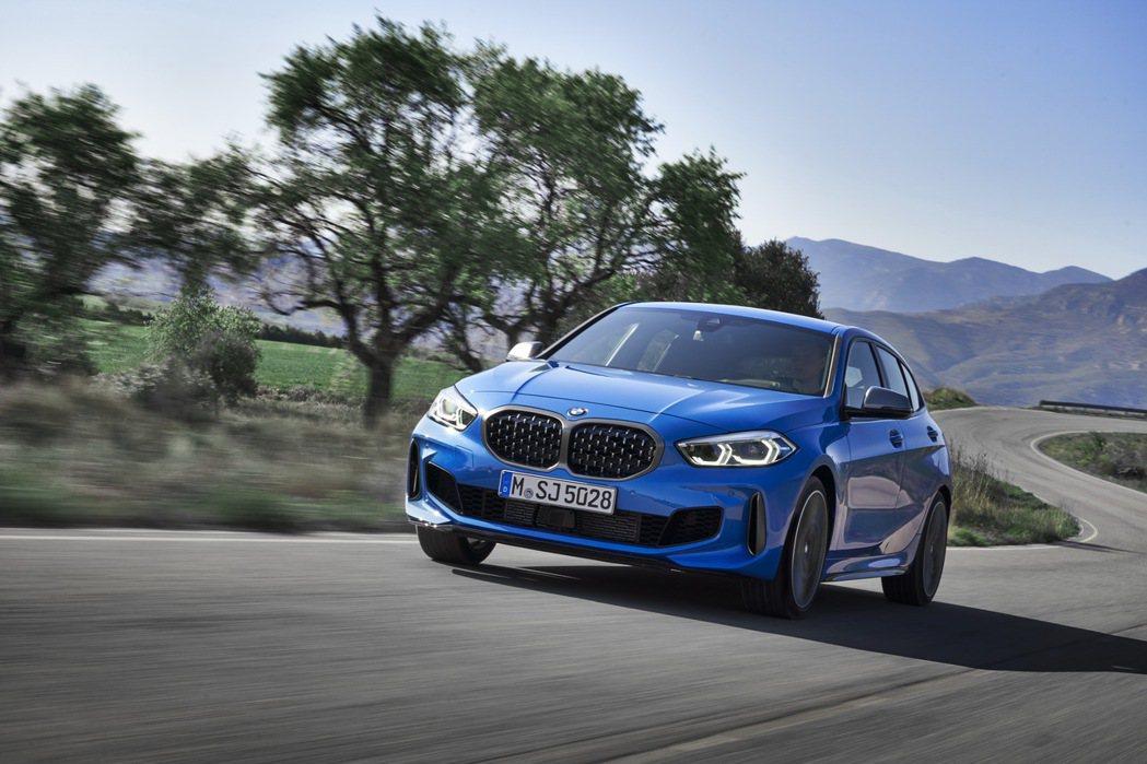 性能旗艦BMW M135i xDrive。 圖/汎德提供