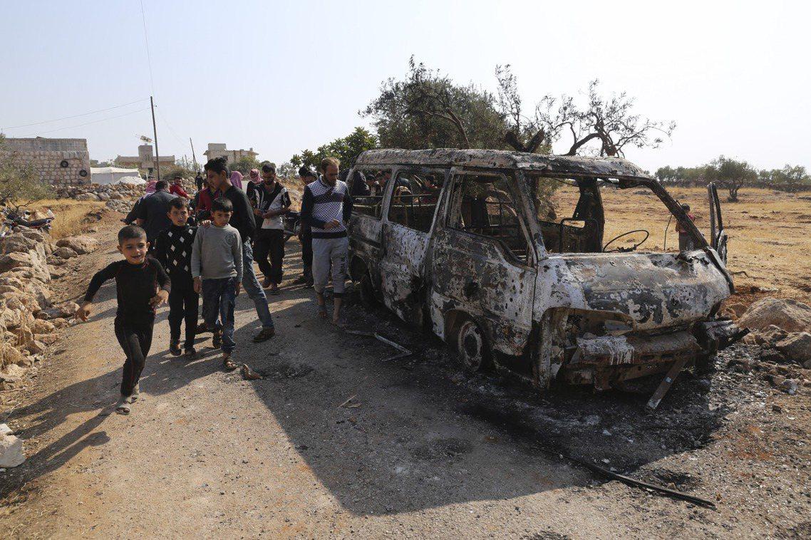 「在這次行動中,我要特別感謝俄羅斯、土耳其、伊拉克與敘利亞庫德人的幫忙。」川普說...