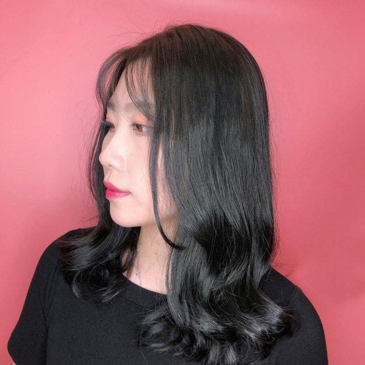 髮型創作/Happy Hair 嘉義店 / FB 蔡虎牙。圖/StyleMap美...