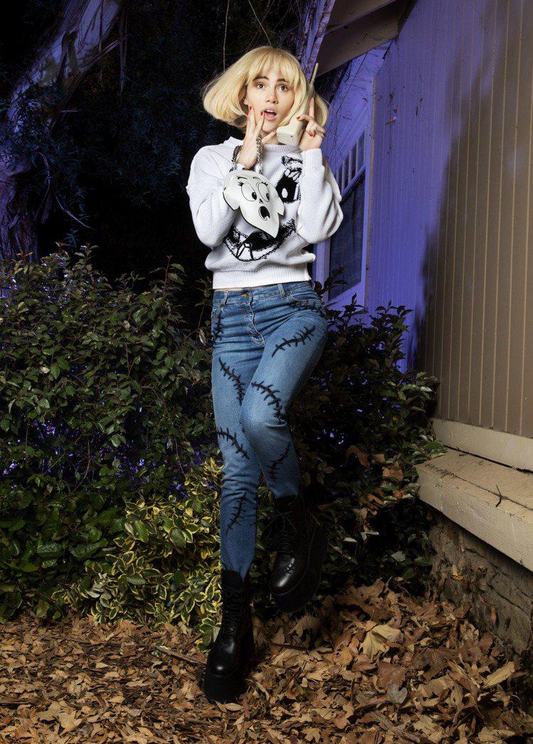 Moschino把「驚聲尖叫」裡經典的詭異笑容放上白色洋裝、T-shirt。圖/...