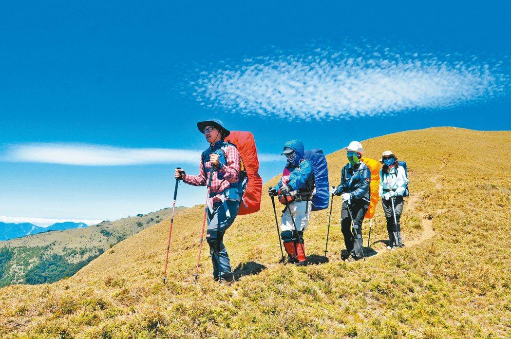 台灣有不少山岳活動愛好者,醫師提醒民眾從事體能活動時,提高負荷量要漸進,切莫貿然...