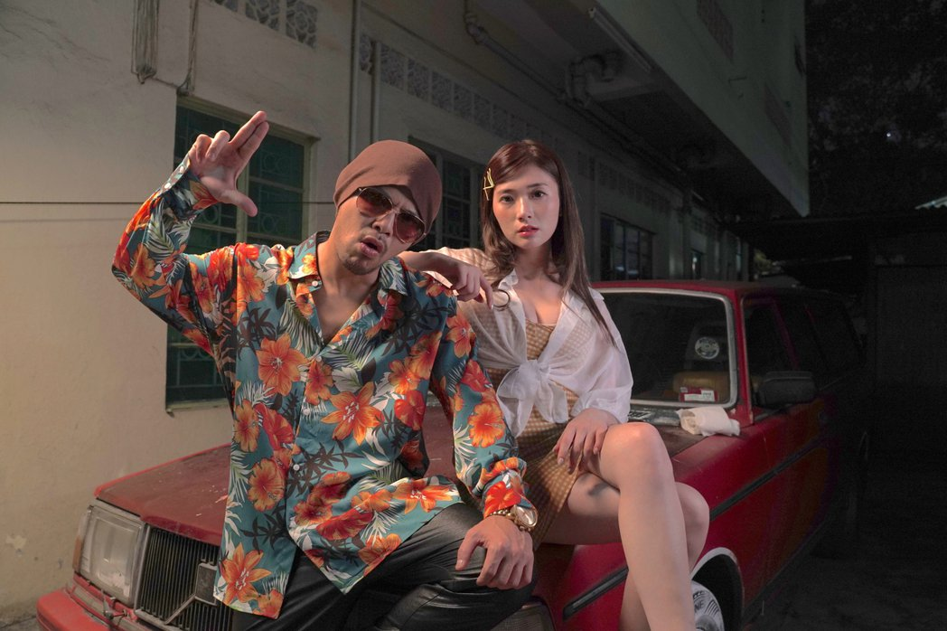 黃明志新歌找來謝薇安(右)演出。圖/亞洲通文創提供