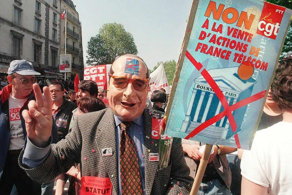 「拒絕法國電信股票出售!」自1998年起,法國電信逐漸邁向民營;到了2004年,...