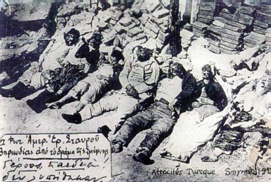 圖為「士麥那大火」(Great fire of Smyrna)受難者。1922年...