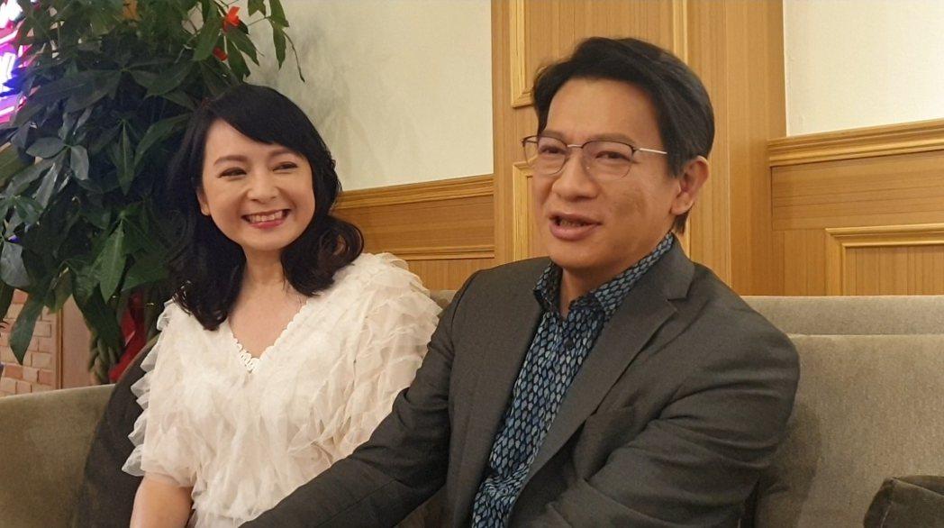 谷懷萱陶醉看著老公。記者李姿瑩/攝影