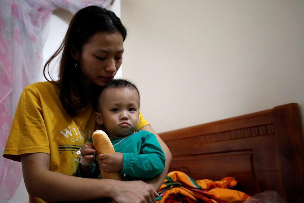 疑似在這次貨櫃車命案中喪生的阮廷度,妻兒住在越南義安省富春村。(路透)