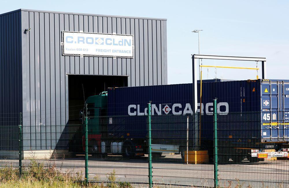 被發現藏屍的冷凍貨櫃車是由比利時濟布魯治港出發。(路透)