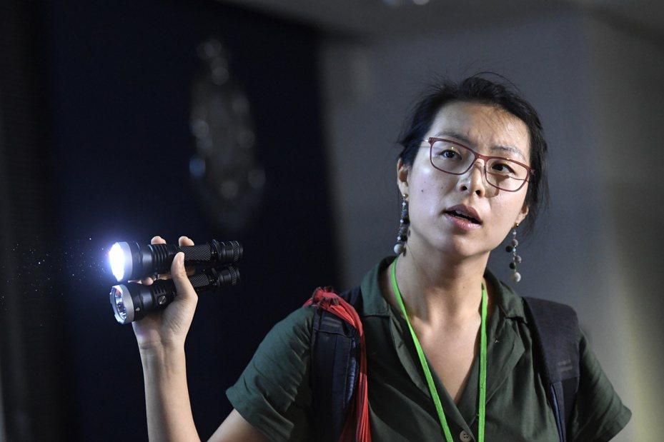 (影)港警暴力阻採訪 香媒衝突升溫 香港中國通訊社
