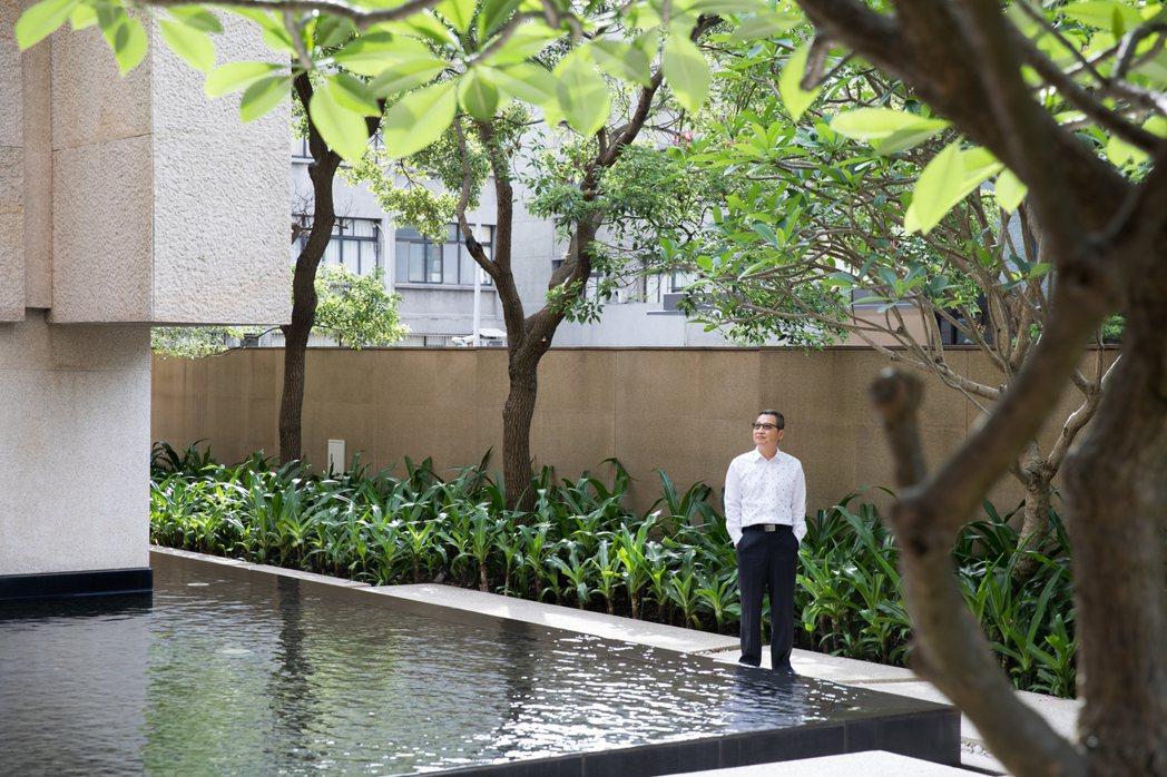 合輝建設總經理葉滿林對公設美學以高規格打造。 業者/提供