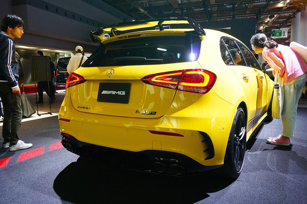 Mercedes-AMG A45 S 4MATIC+ Edition 1。 記者...