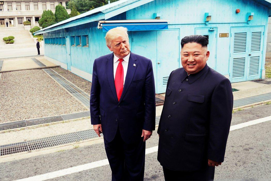 北韓勞動黨副委員長金英徹也警告:「美國若只顧提倡美朝元首的友好關係,要拖時間繞過...