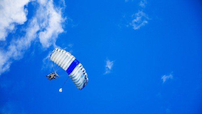 ▲澳洲雪梨景點推薦-跳傘體驗。(圖/Tripbaa趣吧!亞洲自由行專家)