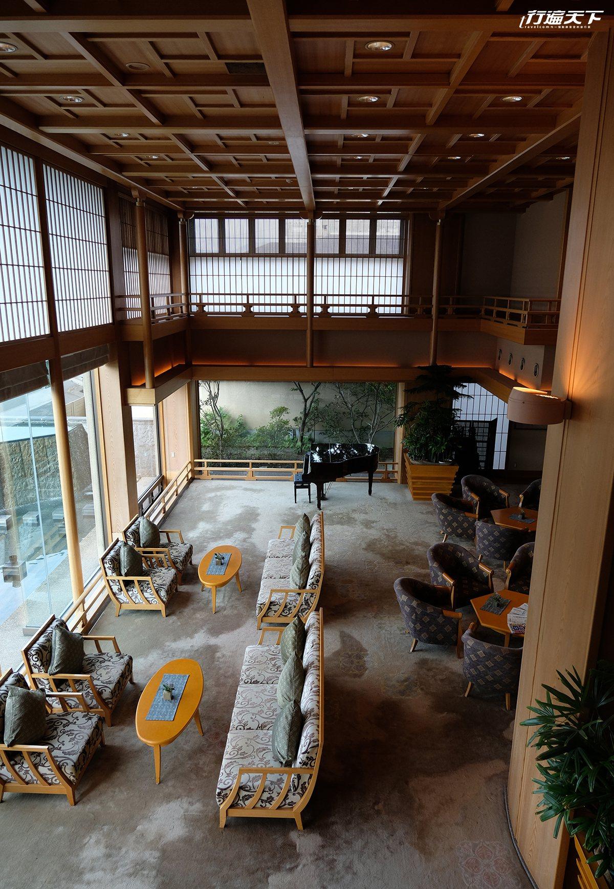 清流山水花あゆ之里為日吉當地歷史悠久的溫泉旅館。