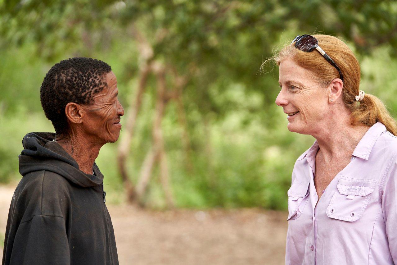 研究學家哈耶斯(右)認為人類祖先起源於非洲尚比西河南部的一個地區。路透