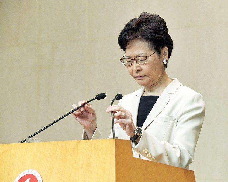 香港特首林鄭月娥稱,不評論有關撤換報導。取自星島網