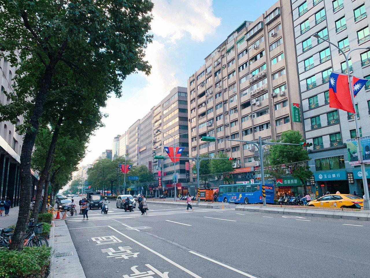 選擇大坪數或持有較久「透天公寓」節稅效果佳。記者徐力剛/攝影