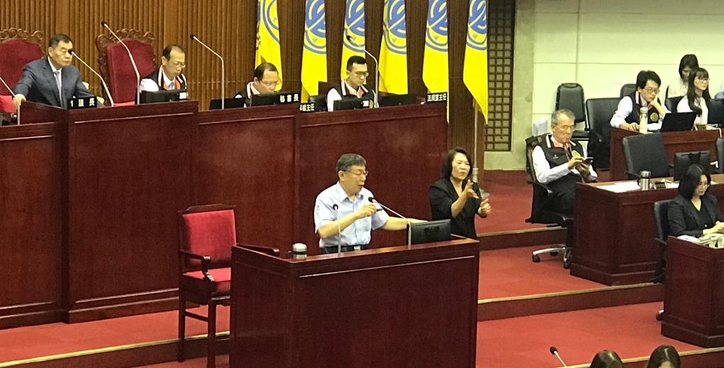 台北市長柯文哲下午赴議會總質詢。記者楊正海/攝影