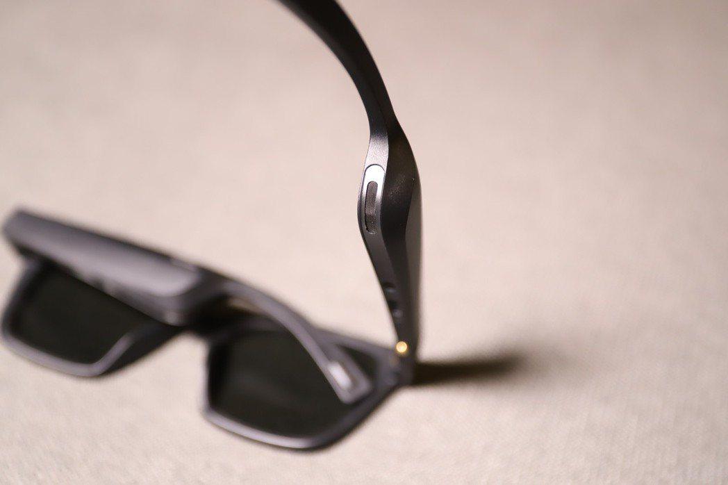 Bose Frames採用獨家微型發聲單體。 彭子豪/攝影