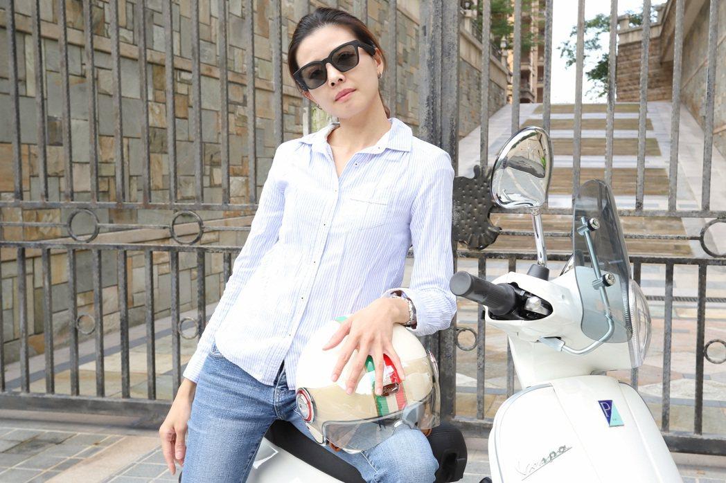 Bose Frames整合太陽眼鏡及揚聲器(耳機)創意十足,用於騎車使用比耳機安...