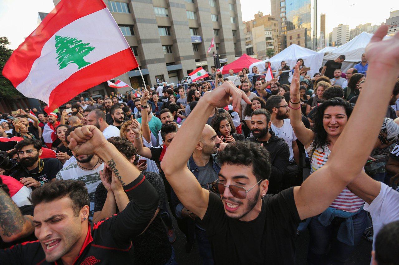 民眾抗爭13天 黎巴嫩總理下台 路透社