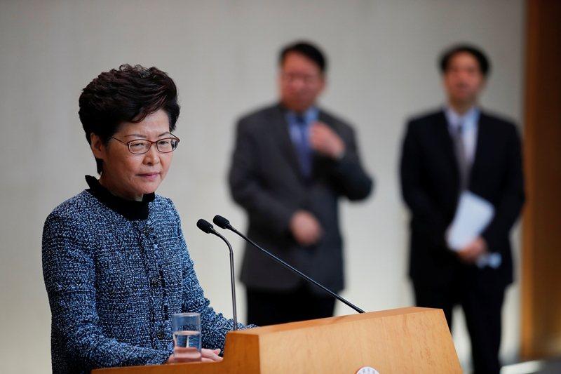 香港行政長官林鄭月娥出席行政會議,會議前接受媒體訪問,攝於10月29日,香港。 ...