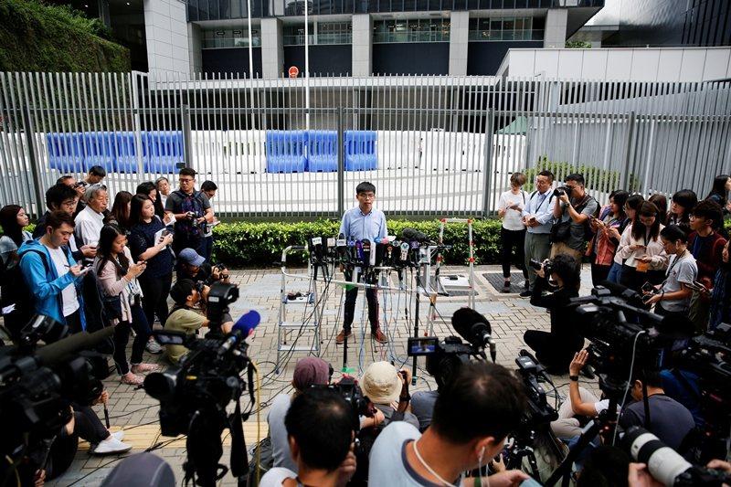 黃之峰因涉「民主自決」被剝奪香港區議員參選資格,攝於10月29日,香港。 圖/路透社