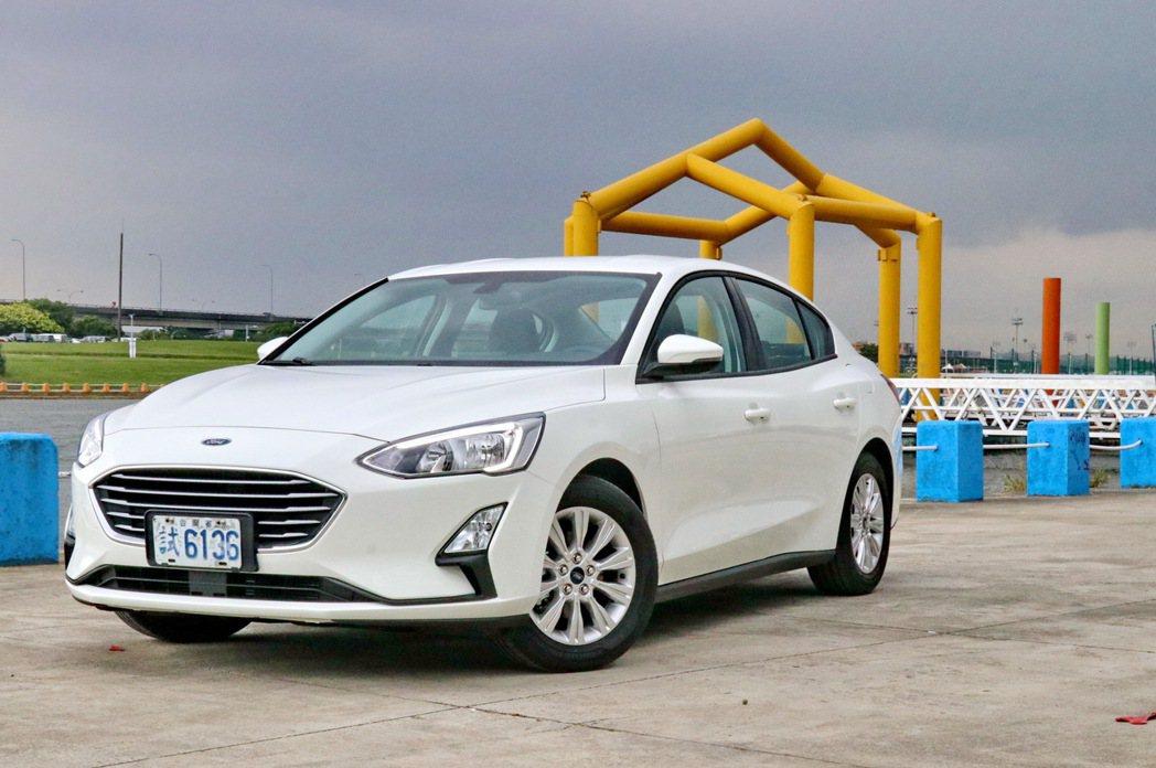Ford Focus 4D 1.5 NA車型將成為入門車的首選。 記者陳威任/攝...