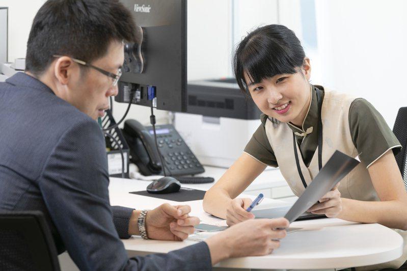 中國信託「樂退GO」平台只提供12檔商品,目前卻已有上千人註冊扣款。 (邱劍英攝)