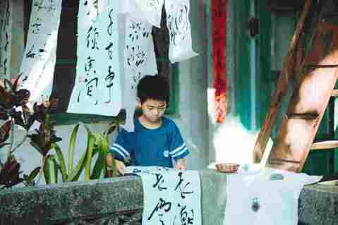 本屆金馬獎最讓人感到後生可畏的演員入圍者—現年12歲的李英銓,第一次演戲就因「那個我最親愛的陌生人」入圍最佳男配角,有趣的是,雖然入圍華語電影最高榮譽,他的生活卻沒有改變,同學也都不知道,連要宣傳電...