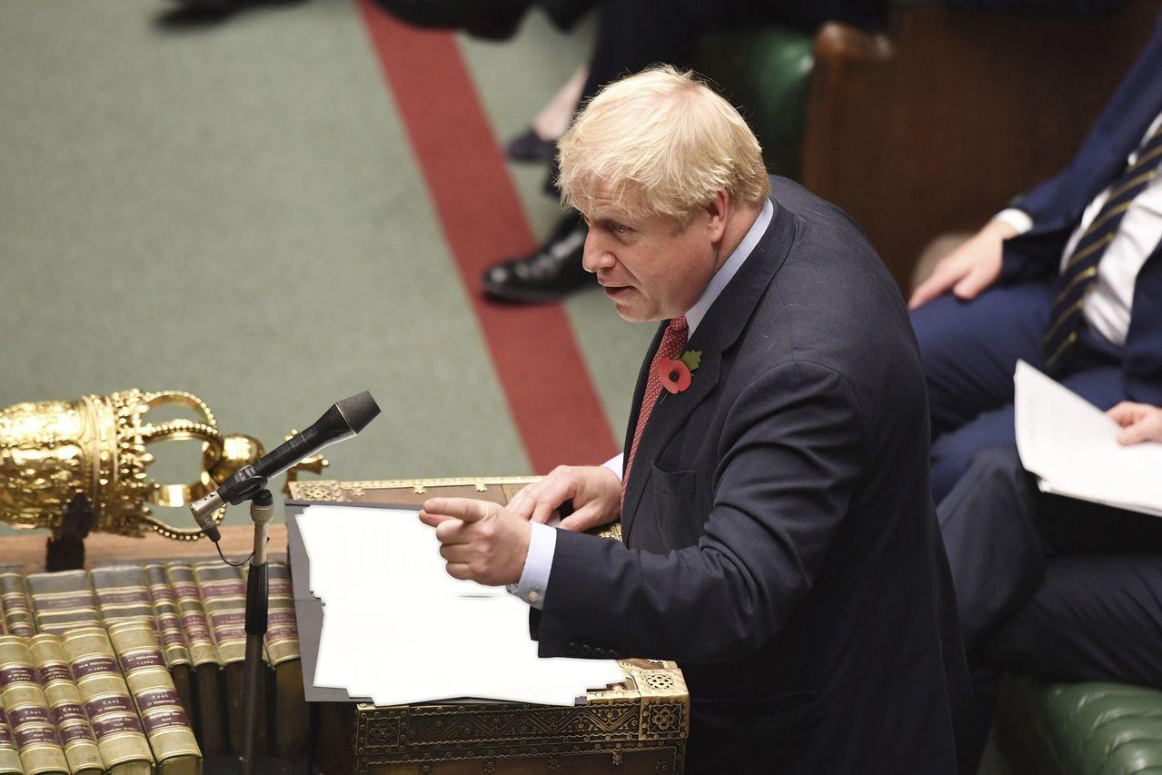 強生:「(改選)是在面臨國會百般阻擾下,讓英國得以完成脫歐的唯一辦法。」「因此,...