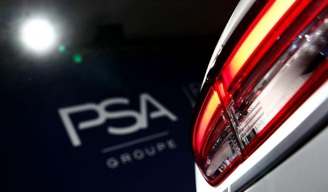飛雅特克萊斯勒汽車和法國汽車製造商PSA集團正在評估合併的可行性,據最近提議,標...