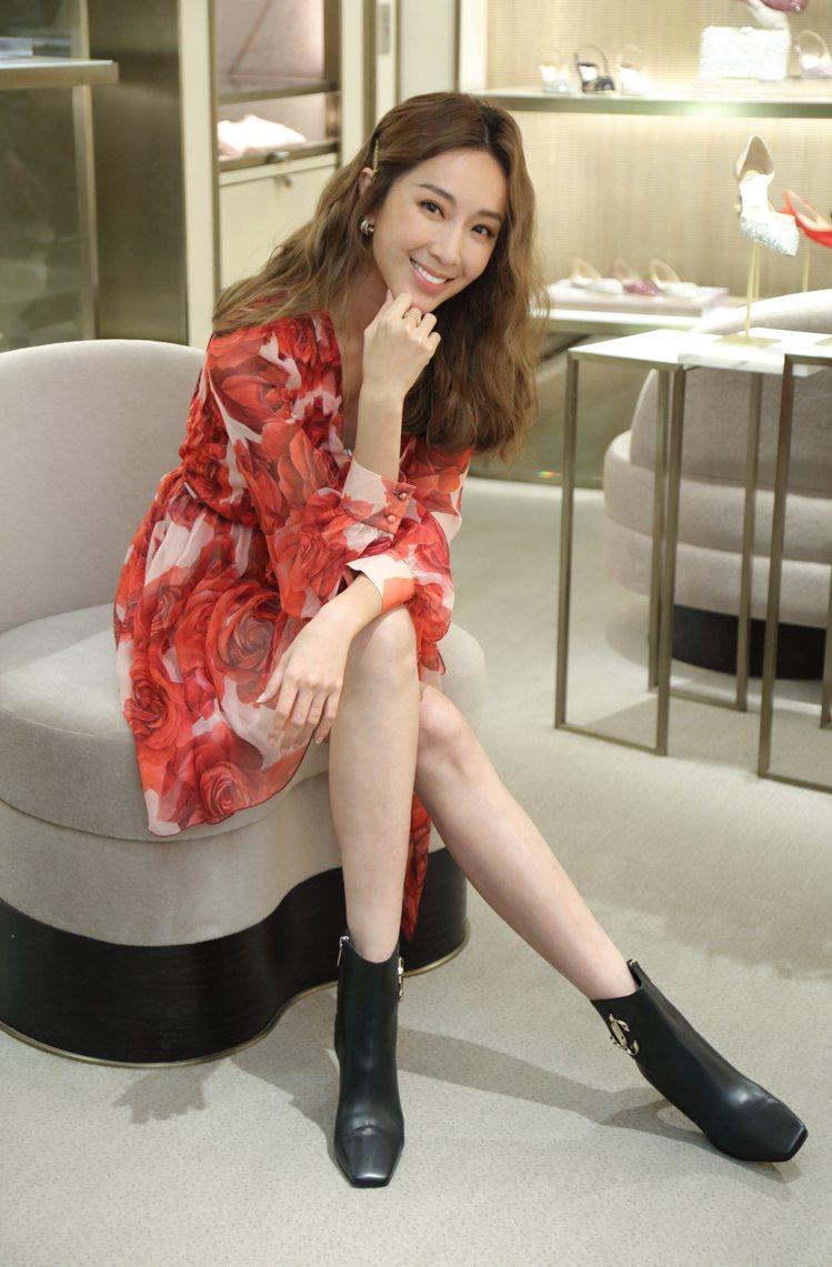 隋棠出席品牌活動身穿Blumarine玫瑰印花洋裝。圖/Blumarine提供