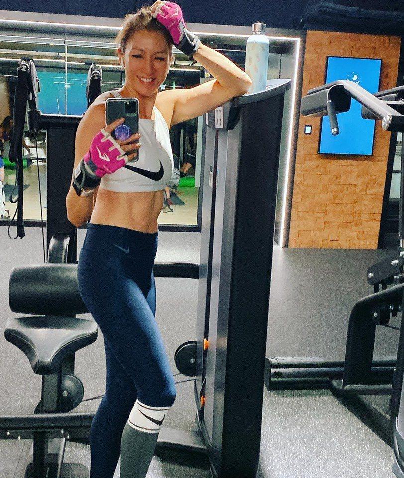 李詠嫻保持天天運動習慣時常網上曬辣照。圖/艾迪昇提供