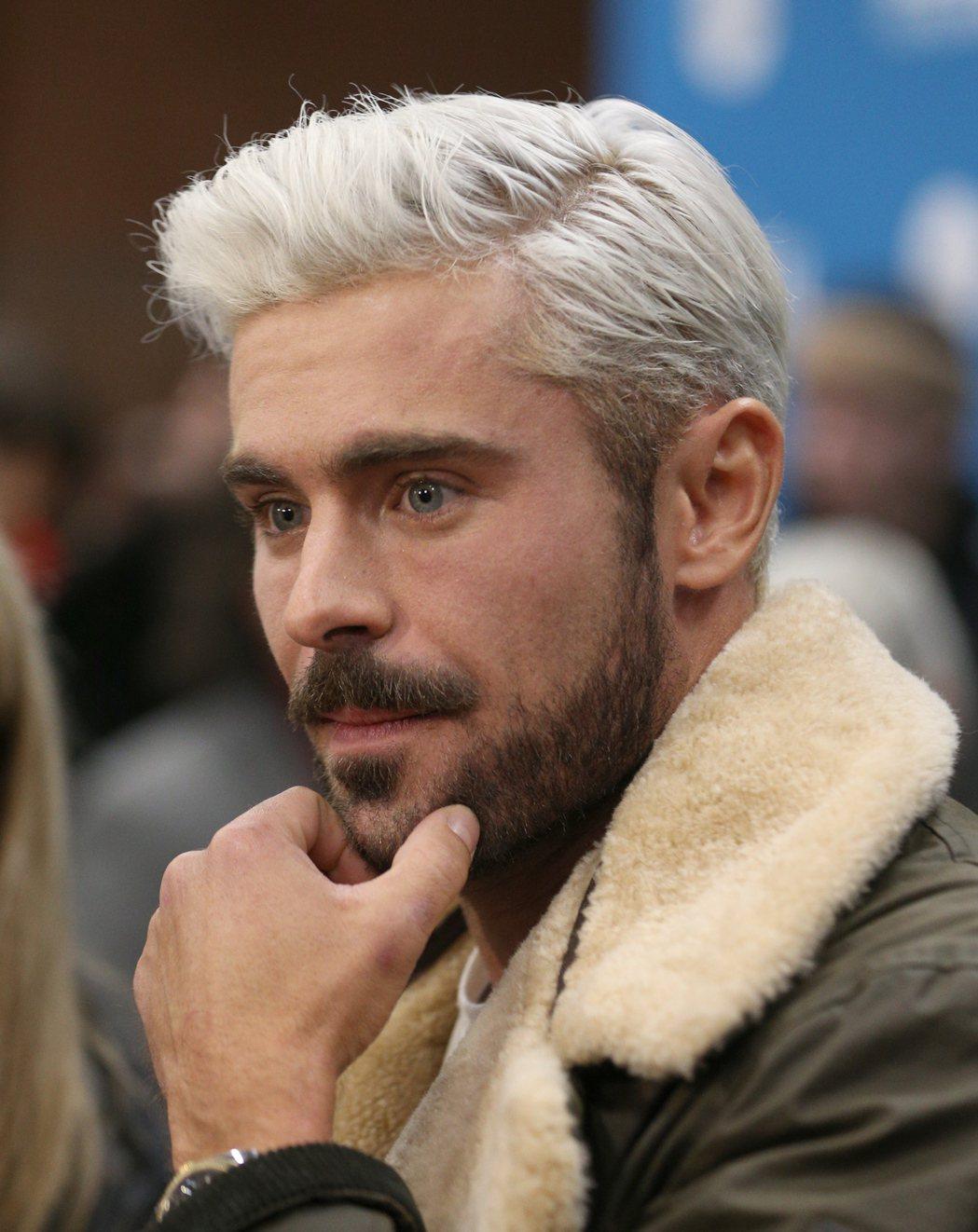 柴克艾福隆最近喜愛以金髮、蓄鬍的樣子出現。圖/歐新社資料照片