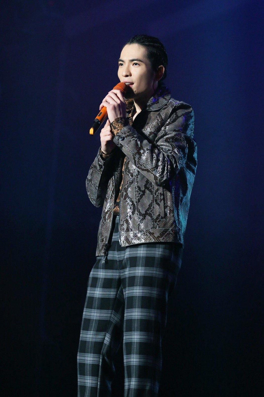 蕭敬騰將於高雄夢時代跨年壓軸演唱,陪粉絲迎新年。圖/華納音樂提供