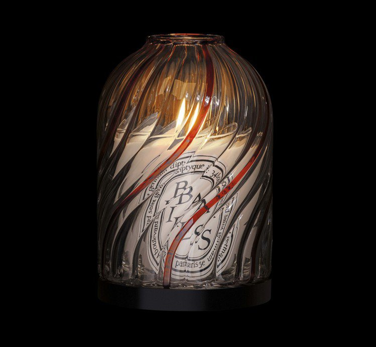 diptyque 2019耶誕限量Nivyne玻璃燭罩,售價8,000元。圖/1...