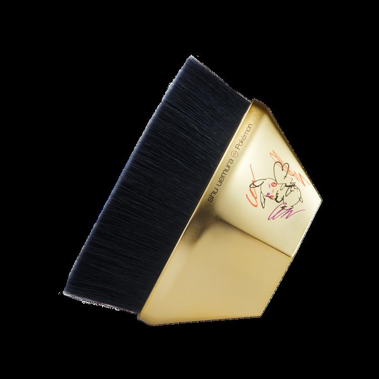 植村秀皮卡秀限量聯名彩妝#55零刷痕粉底刷(需搭配組合無單賣)。圖/植村秀提供