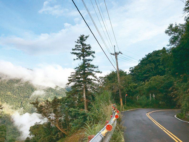 山區迷路 GPS不靈 脫困希望就在最近的電線桿…