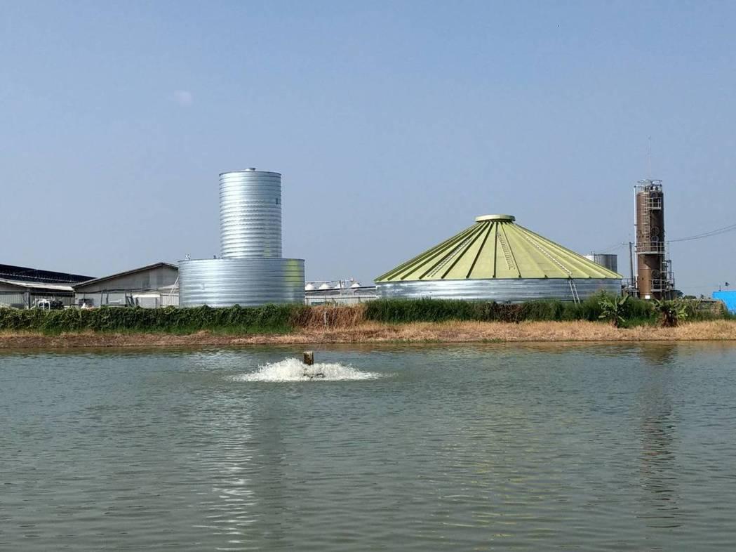 今年年底即將完工,為國內首座採用德國Lipp獨特發酵槽建造技術的台南六甲生質能發...