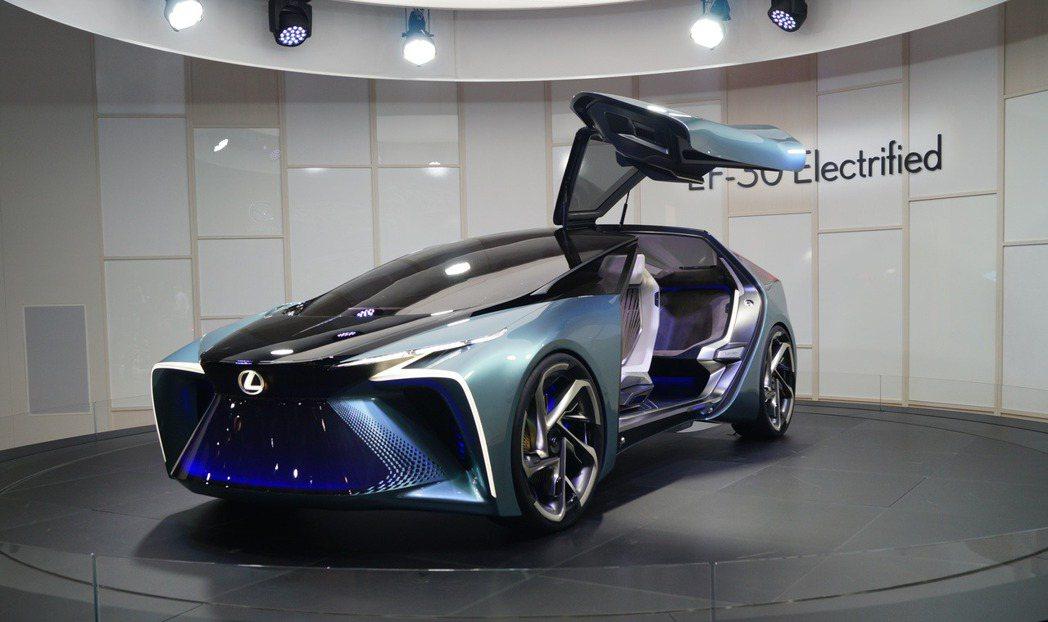 Lexus LF-30。 記者趙駿宏/攝影