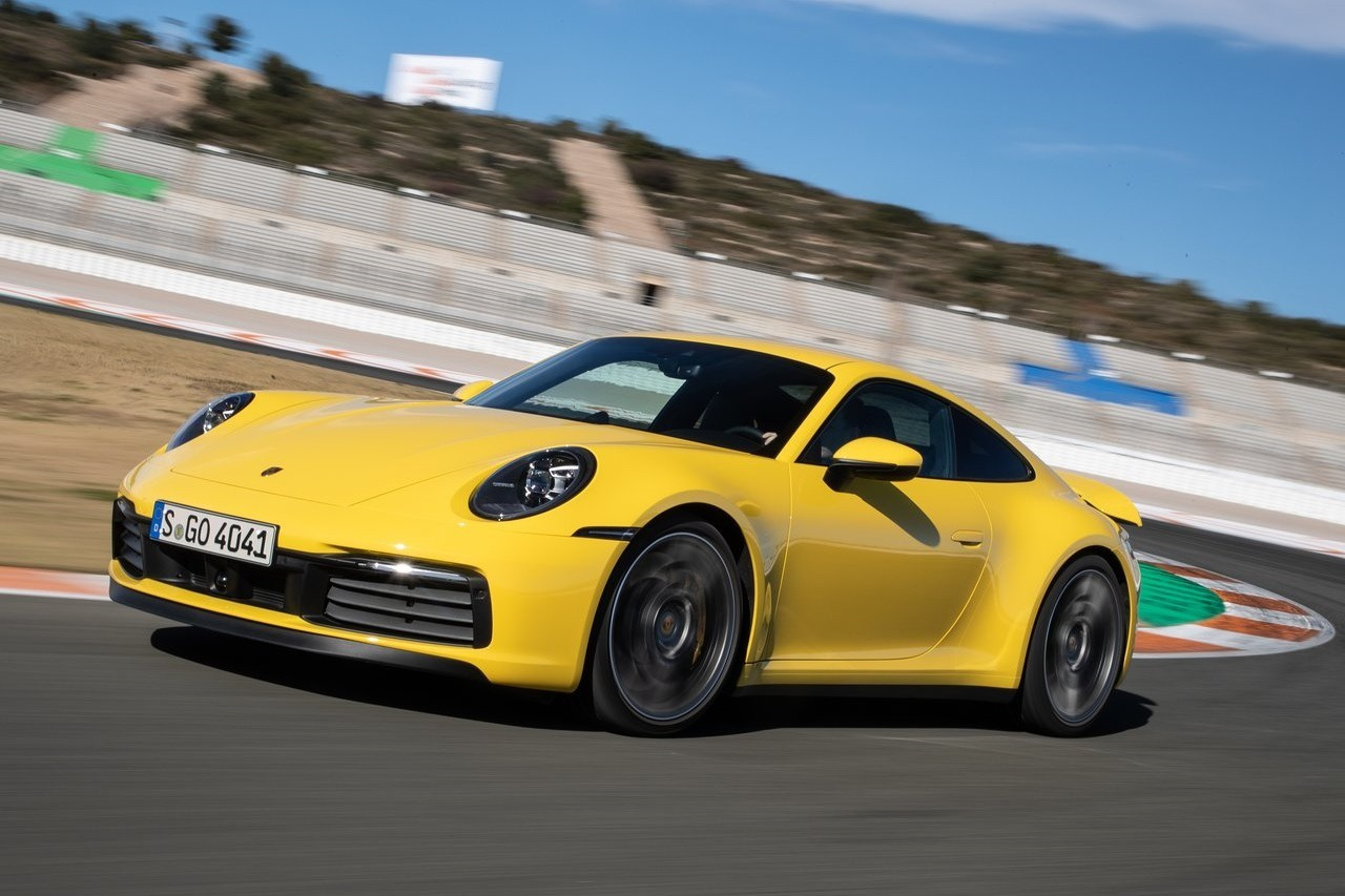 喜歡手腳並用的人有福啦!2020年式Porsche 911可選裝7速手排變速箱