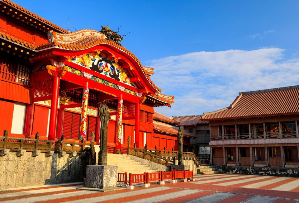 大紅色宮牆讓是首里城宮殿一大特色。圖/摘自首里城公園臉書